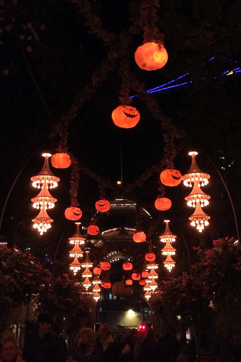 Tivoli Halloween decorations and lights